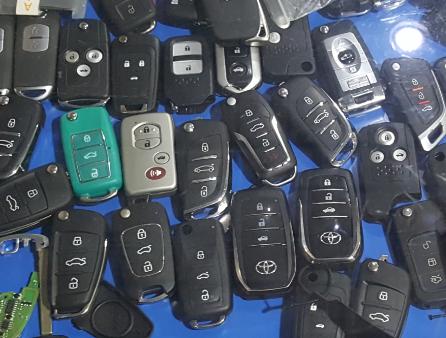 汽车开锁配钥匙